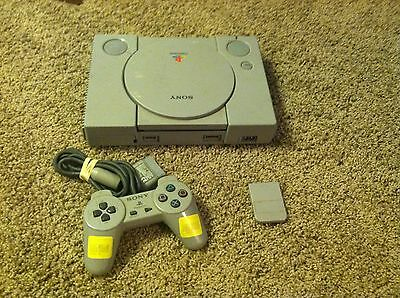 Sony PlayStation 1 Gray Console  - PS1 - Bundle - Lot