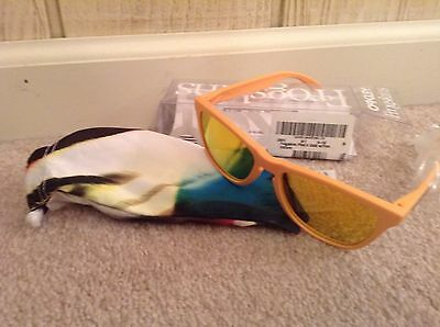 OAKLEY Frogskins Limited Ed Collection Pike's Gold/Fire Iridium Sunglasses USA