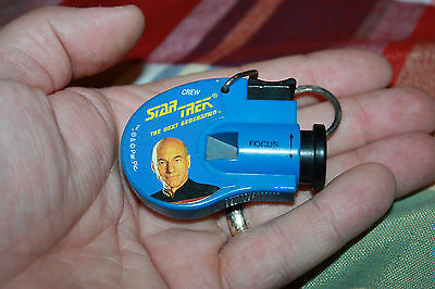 Star Trek: The Next Generation Mini Photo Viewer Key Chain Toy -  loose