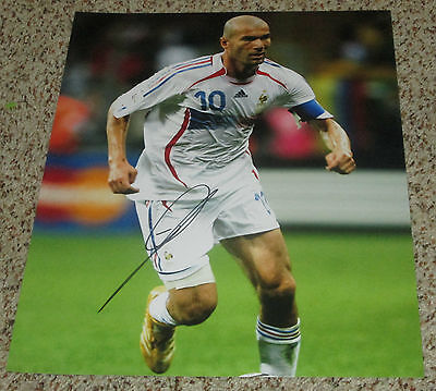 Zinedine Zidane Signed 11x14 France National Soccer Team Photo with proof