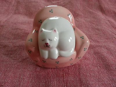Clay Art cat laying in chair salt and pepper shakers Made in Philippines