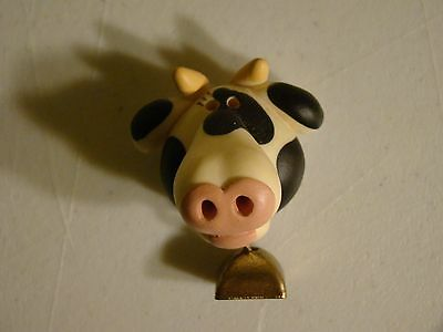COW HEAD With Real BRASS BELL MAGNET Resin Figurine Cow Collectibles Farm Magnet