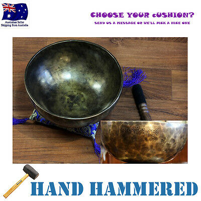 Traditional Tibetan Singing Bowl Hand Hammered 25cm, Side Mantra *Cushion & Stic