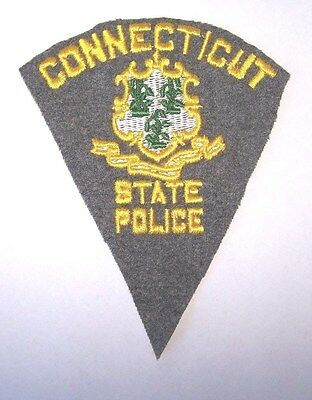 """""""Rare"""" Connecticut State Police Uniform Shoulder Patch,(1942 Issue )"""
