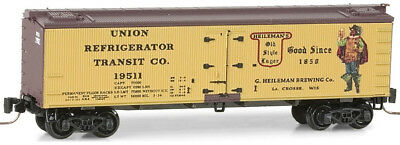 Micro-Trains MTL Z-Scale 36ft Wood Beer Reefer #12 - Heileman's Brewing #19511