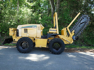07 Vermeer RT1250 heavy duty trencher, dozer blade, heavy , ditch witch