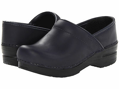 Dansko PROFESSIONAL BLUEBERRY OILED Womens Leather Slip On Closed Clogs Shoes