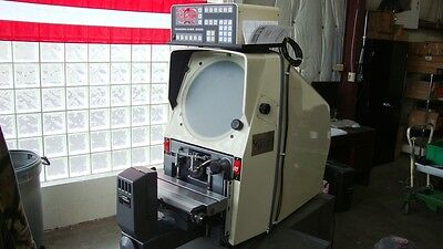 Gagemaster 29 optical comparator with 10x lens and QC-2 DRO refurbished