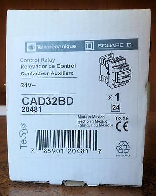 Telemechanique CAD32BD Control Relay - New in Box - 24VDC Coil