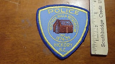 VINTAGE HICKORY   POLICE NORTH CAROLINA OBSOLETE SHOULDER PATCH BX 4#24