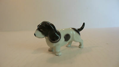 "Cute Vintage Miniature Porcelain ""basset Hound"" Dog Figurine, Made In Japan"