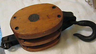Vtg Double Pulley All Original Wood/Cast Iron Block & Tackle-Barn/ Nautical