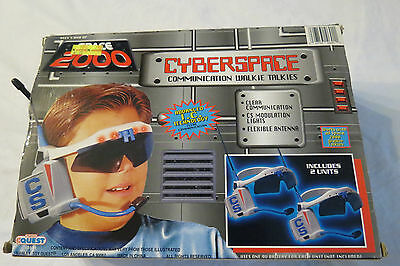 SPACE 2000 CYBERSPACE WALKIE TALKIES OPENED LIKENEW NEVER USED