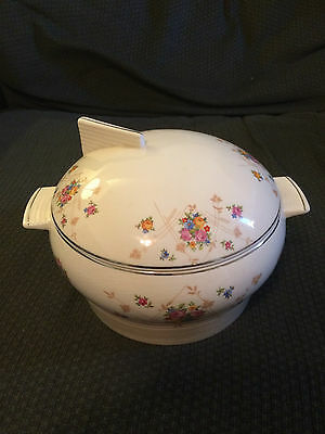 TRIUMPH LIMOGES WHITE GOLD WARRANTED 22K NEW PRINCESS COVERED CASSEROLE BOWL LID