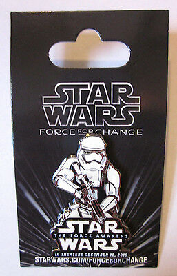 Disney Star Wars Weekends 2015 - THE FORCE AWAKENS - Stormtrooper Pin - Limited