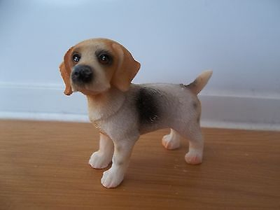 Streets Ahead 1/12th Scale Dolls House Miniatures Standing Beagle Dog DA004 New