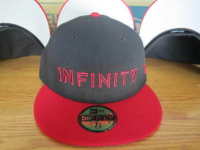 Avengers New Era Thanos Infinity Fitted Hat Disney Marvel Comics RARE - RED a898cdba6e0
