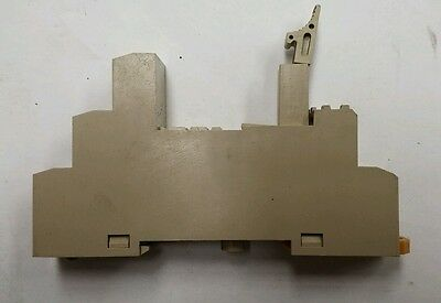 Omron Relay Socket For Use With G2R-1-S(N)(D)(ND)(NI)(NDI) Series (0775C)