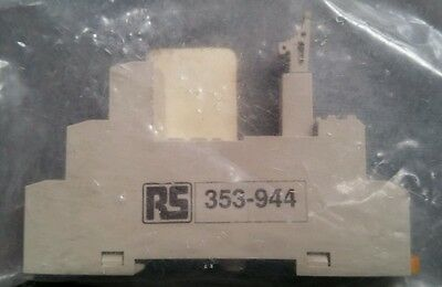 Omron Relay Socket For Use With G2R-1-S(N)(D)(ND)(NI)(NDI) Series (2916W)