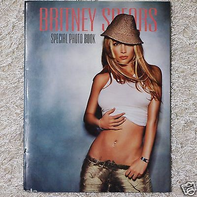 Britney Spears - In The Zone (2003, Promo) Special Photo Book (26 pages) ~RARE~