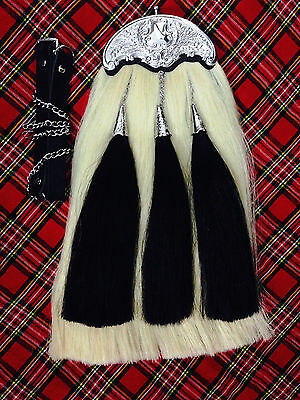 Original Long Horse Hair Sporran.White body with 3 black tassels.With Chain Belt
