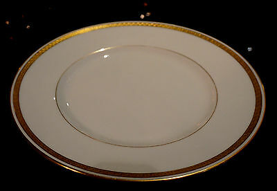 Minton Antique White And Gold #9816 Dinner Plate