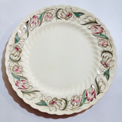 "SUSIE COOPER "" ENDON "" RIBBED PLATE 1417 Made in England Signed  23cm"