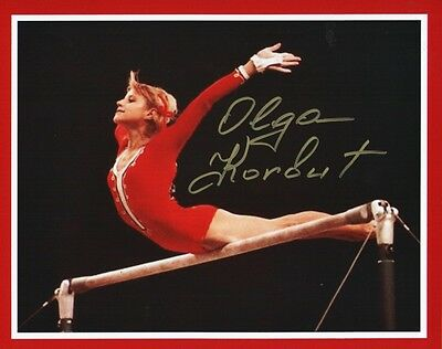 """OLGA KORBUT SIGNED 8x10 PHOTO-""""UNEVEN BARS"""" - 1972 OLYMPICS, GOLD MEDAL"""