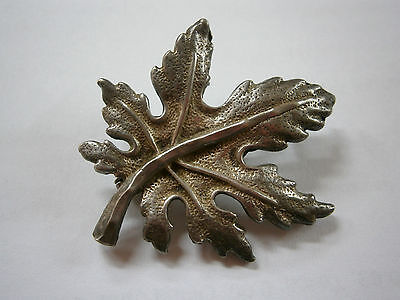 Vintage Old Hand Made Beauty Silver Brooch Pin Canadian Leaf Sterling 900