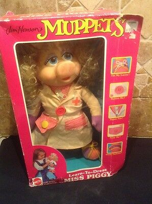 Jim Henson's LEARN TO DRESS MISS PIGGY Nurse Vintage Mattel NEW IN BOX