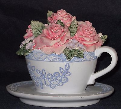 Vintage Tea Cup and Saucer Rose Bouquet, Lots of detail