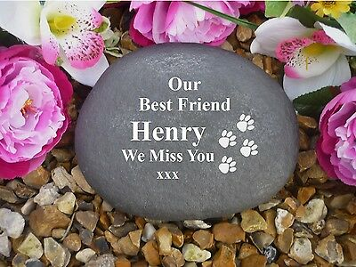Pet Memorial - Personalised Large Pebble (Stone Effect) Weatherproof - Paws • EUR 27,34