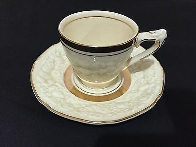 Vintage Crown Dual Florentine Made In England Tea Cup And Saucer