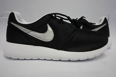 ca2b0ff7da (599728-021) GRADE SCHOOL Youth Nike Roshe One Black/metallic Silver/white  - $50.00 | PicClick