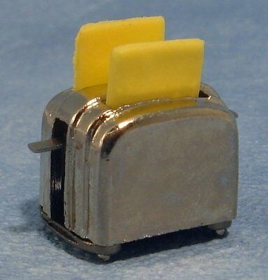Dolls House Miniatures Accessory 1:12 Scale Toaster & 2 Slices Of Toast D056