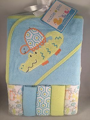 New! Cutie Pie Hooded Towel & Washcloth Gift Set Boys Blue Green Shower