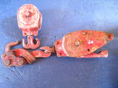 Antique Barn Pulley Iron 2 Wheel Vintage Pully with Swivel Hook Very Steam Punk