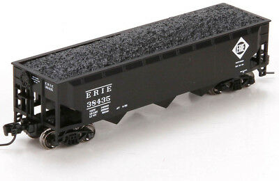 Athearn N Scale 40' 3-Bay Offset Hopper/Load Erie Railroad (Black) #38435