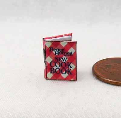 1:24 SCALE MINIATURE BOOK THE SECRET GARDEN ILLUSTRATED