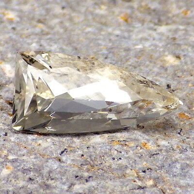 FANCY BERYL-CALIFORNIA 3.37Ct LIGHT PEACH GOLD CLR-CLARITY SI2-TOP COLLECTOR GDE