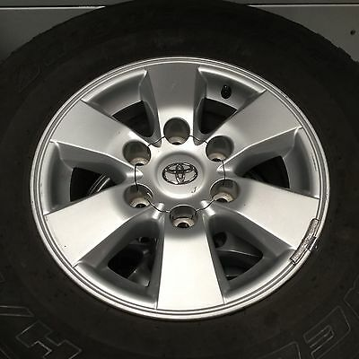 Toyota Hilux SR5 2009-2010 Genuine 15x7 Alloy wheels/rims with 50-60% Tyres