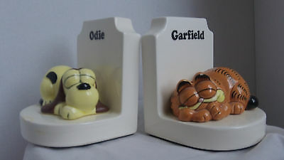 Vintage Garfield and Odie Ceramic 1981 Bookends Set of Two w Enesco Tag