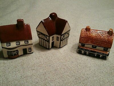 """SET of 3 SUFFOLK Cottages """"Around The Corner"""" Made In England"""