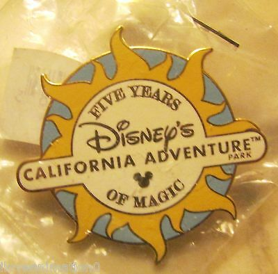 Disney Pin 45462 DLR Cast Exclusive 5 Year Anniversary DCA Pin