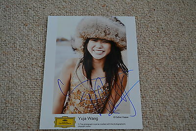 YUJA WANG  signed autograph In Person 8x10 ( 20x25 cm) PIANIST