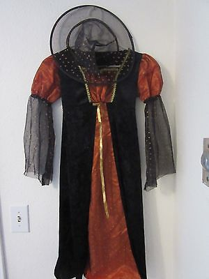 Girl's Halloween Witch Costume Size 6/7