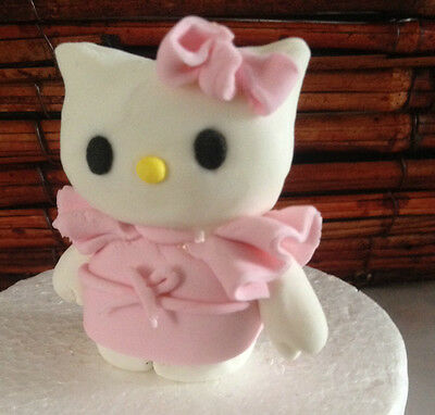 Edible Hello Kitty and Friends inspired Fondant Birthday Cake / Cupcake Toppers