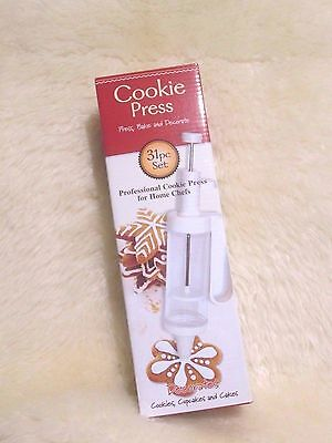 New with Box - Cookie Press 31 pc set  ( Easy - to - use )