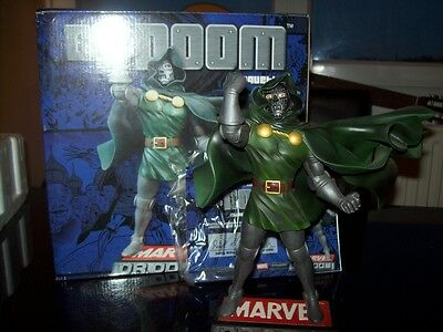 Dr. DOOM RESIN STATUE / MAQUETTE - MARVEL SELECT LIMITED #829/5000 -  23 Cms