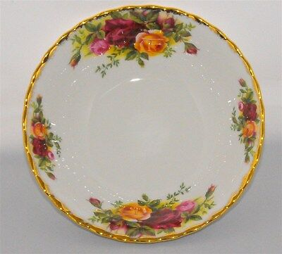 1-Royal Albert Old Country Roses Fruit / Dessert Nappie/ Bowl ( 20 Available)